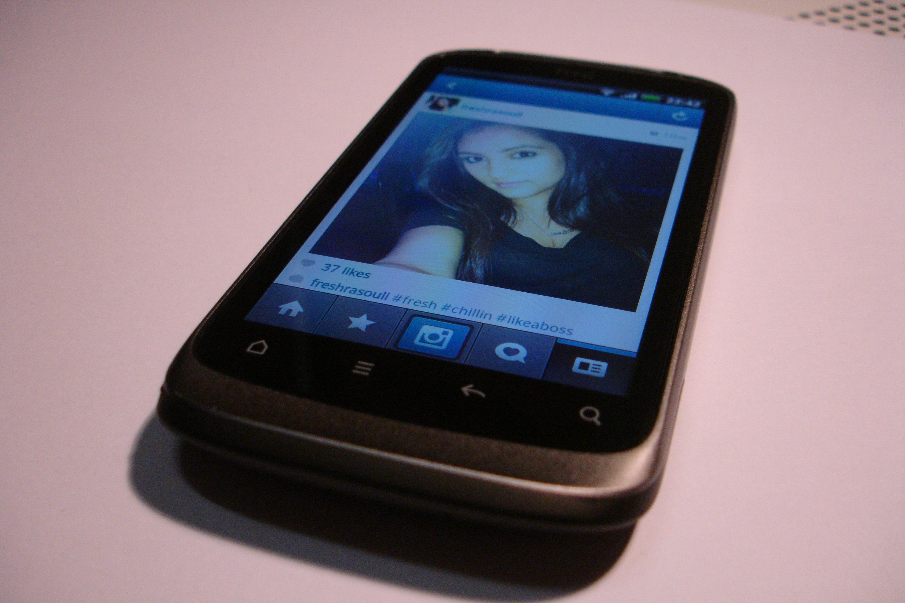 HTC Desire S   Wikipedia  the free encyclopedia