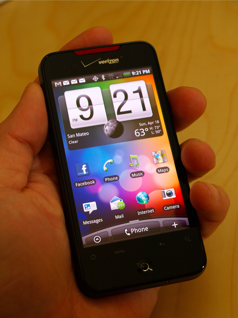 Verizons HTC Droid Incredible gets reviews by IntoMobile