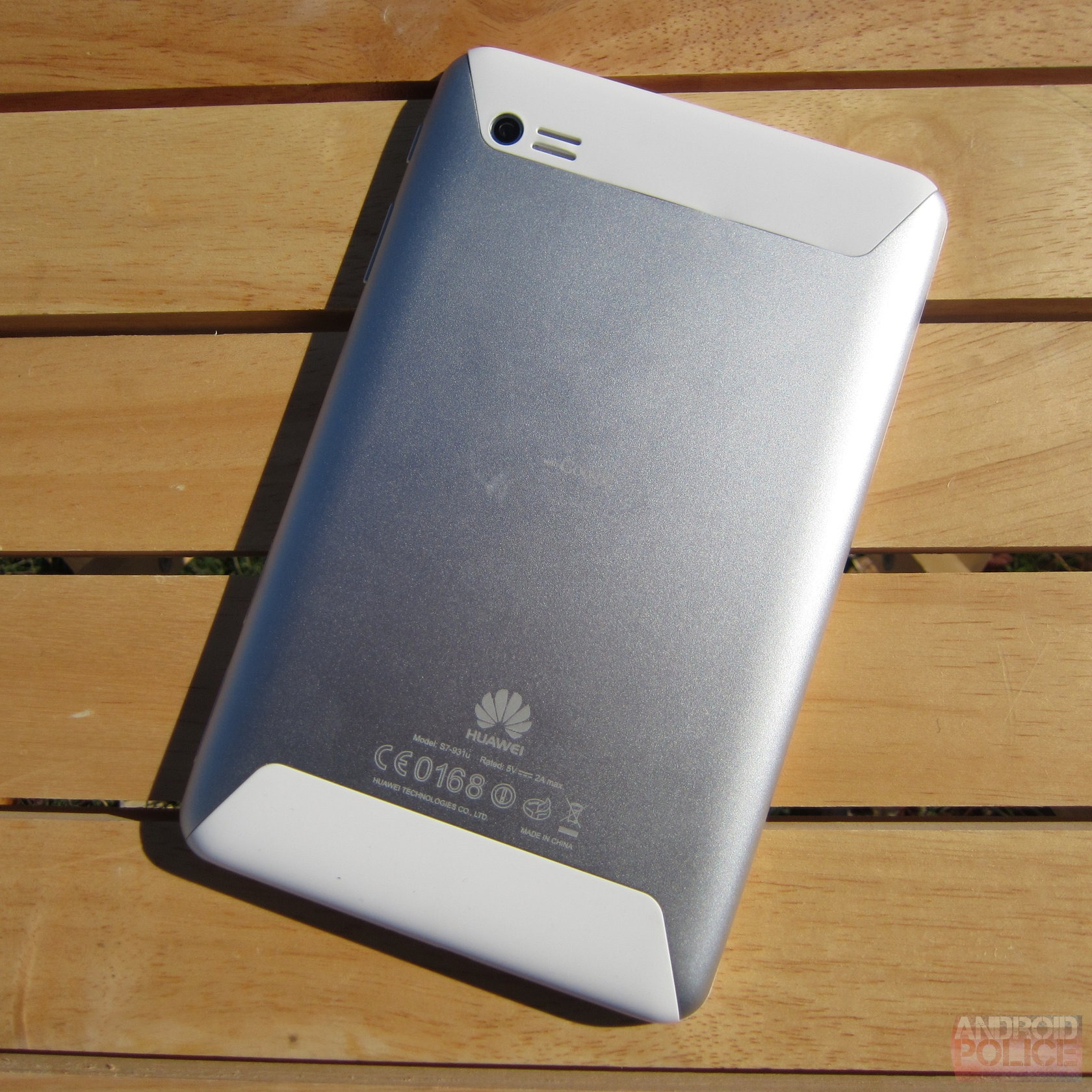Huawei MediaPad 7 Lite Review  You Can Use It As A Hammer  Because