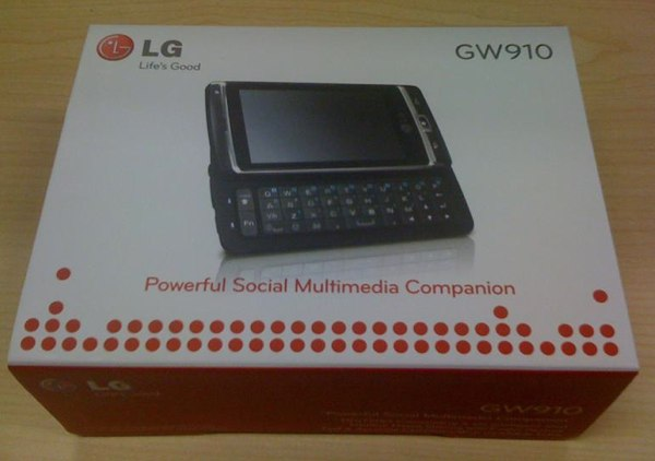 LGs Windows Phone 7 caught in some early packaging  to be dubbed