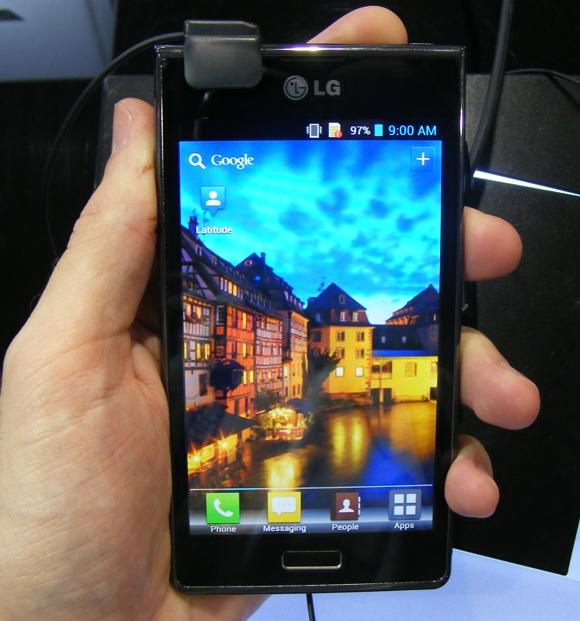 MWC 2012  LG Optimus L7 P700  L5 E610 and L3 E400 preview  video