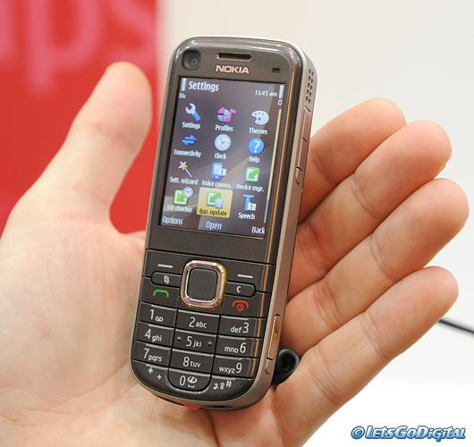 Nokia 6720 classic   LetsGoDigital