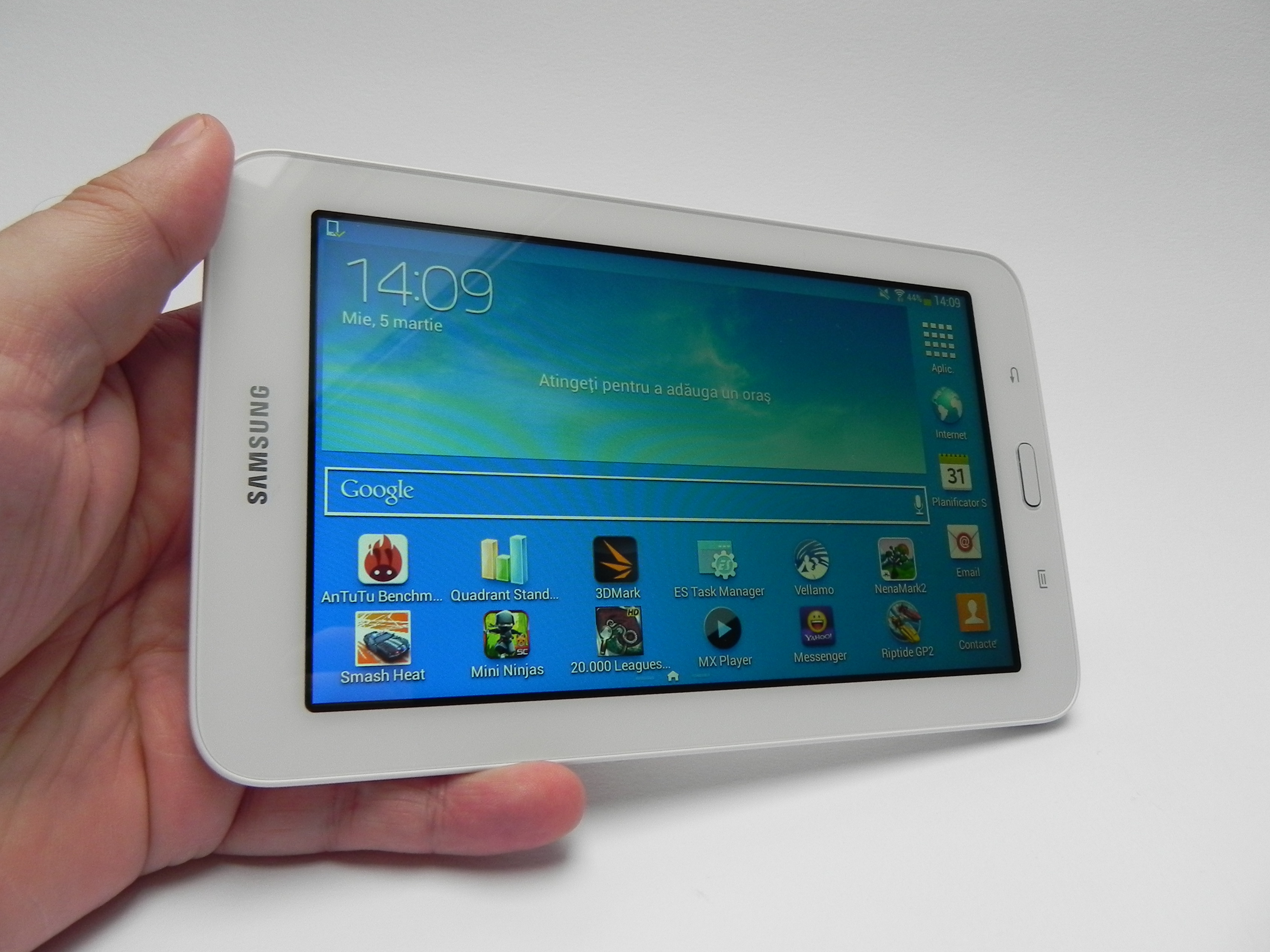 Samsung Galaxy Tab 3 Lite Review  Lite on the Wallet  Too Lite on
