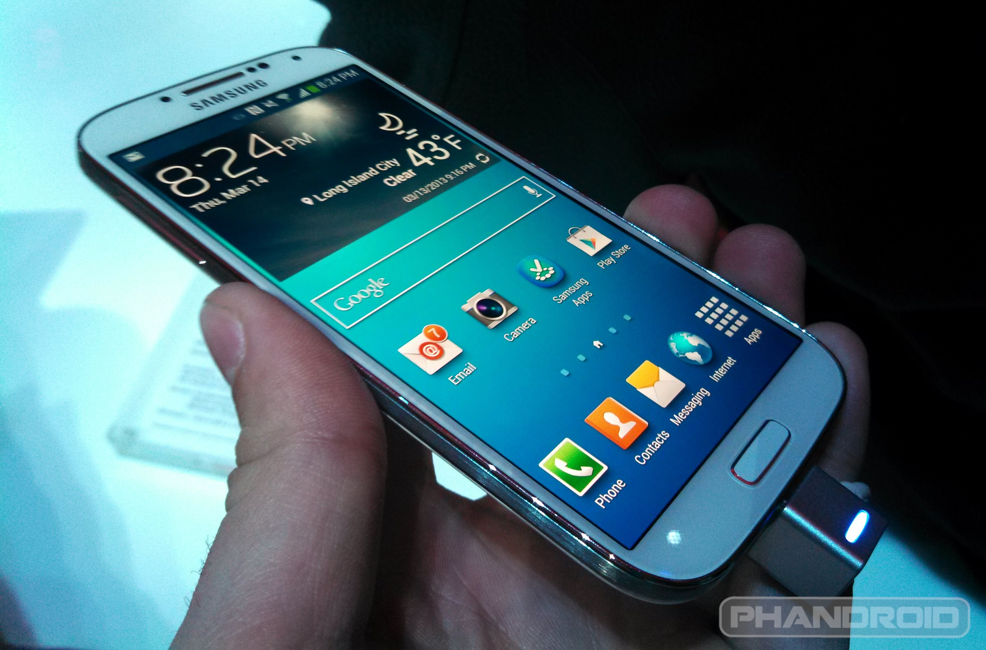 Samsung I9500 Galaxy S4  full review    Gadgets Arena
