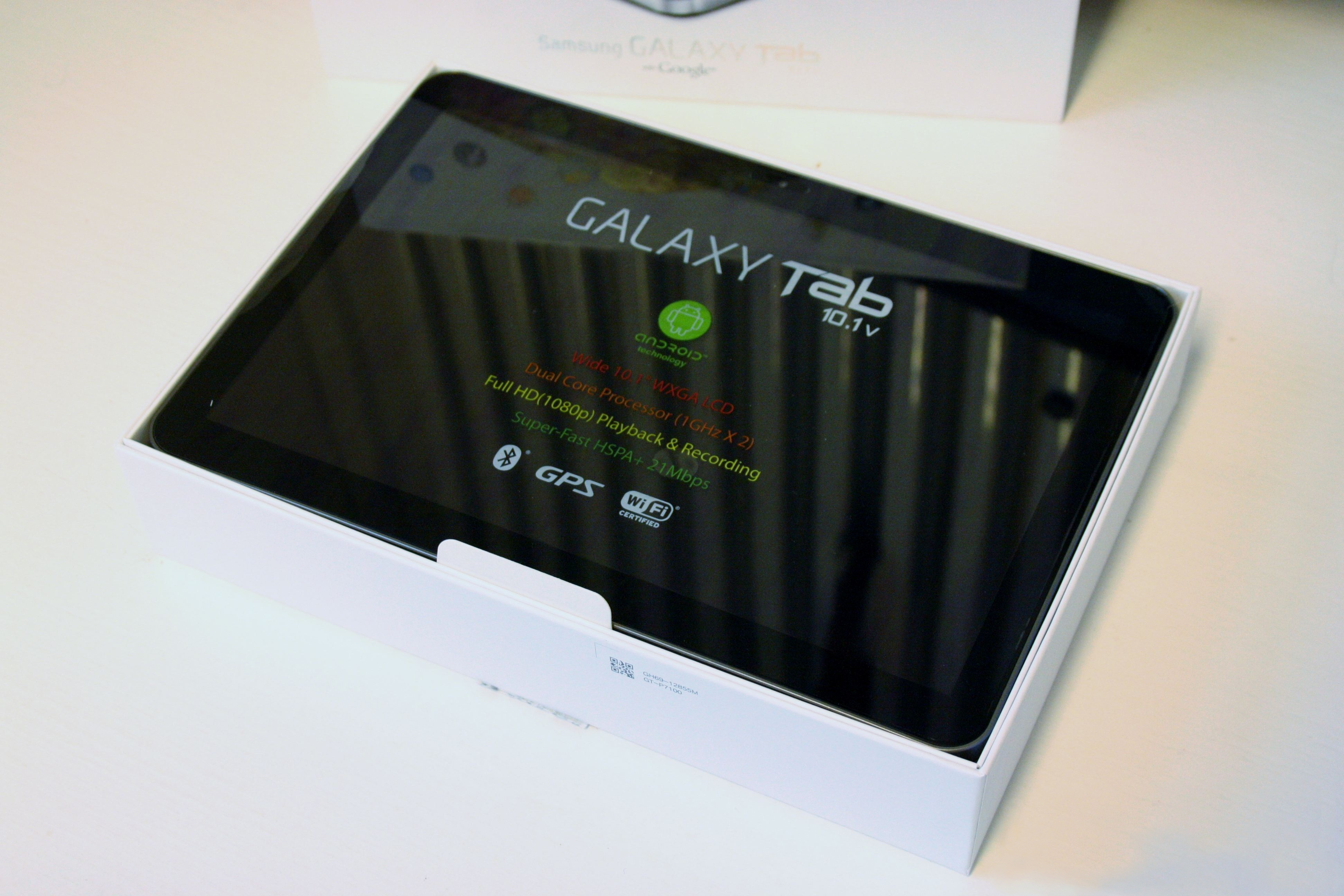 File Samsung GT P7100 Galaxy Tab 10 1v jpg   Wikimedia Commons