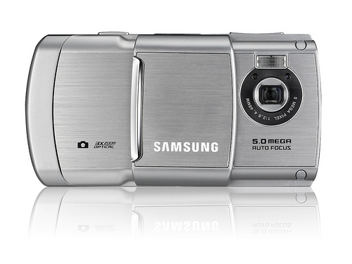 Samsung G810 available in UK at April 14 Review  Themes and News