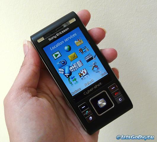 Sony Ericsson C905   LetsGoDigital