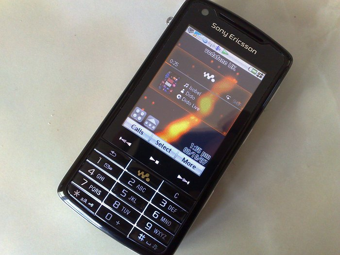 Sony Ericsson W960 review   All About Symbian