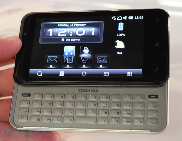 Toshiba K01 hands
